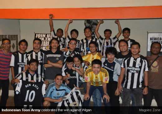 Indonesian Toon Army celebrates the win against Wigan [MagpiesZone]