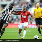 Cheick Tiote battle for the ball with Patrice Evra