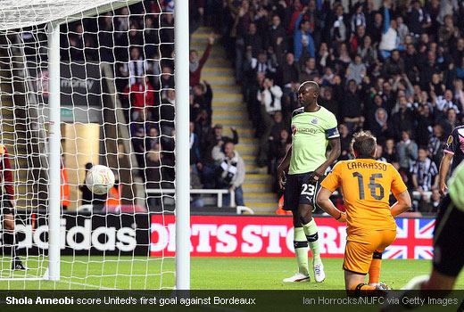 Shola Ameobi score United's first goal against Bordeaux