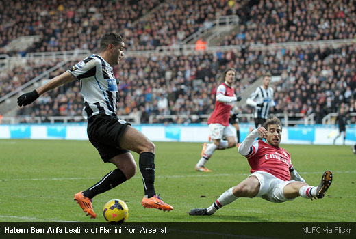 Hatem Ben Arfa beating of Flamini from Arsenal