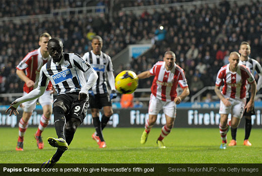 Papiss Cisse scores a penalty to give Newcastle's fifth goal